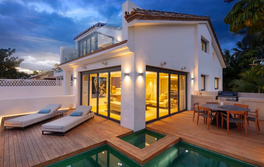 Villa Romane accommodation in Puente Romano, Luxury apartments in Marbella